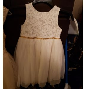 Cat and jack girls white dress size 5t